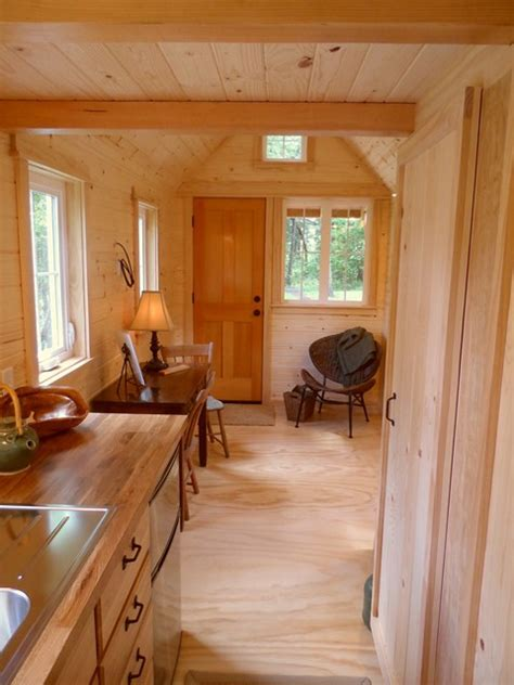 step inside a tumbleweed cottage tumbleweed houses image gallery inside tiny houses cottages