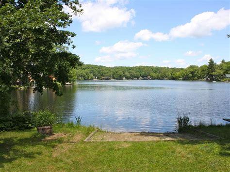 charming lakefront cottage vrbo