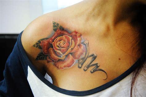 татуировки на ключице мужские и женские тату фото
