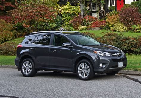 2015 Toyota Rav4 Limited Review 2015 Toyota Rav4 Awd Limited Road Test Review Carcostcanada