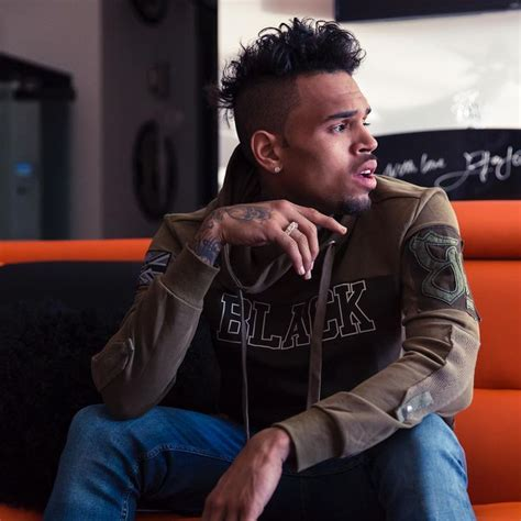 Chris Brown Hairstyle by Chris Brown New Hairstyle 2016 Hair