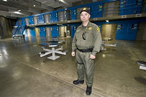 How To Become A Officer In Pa by How To Become A Correctional Officer In Pa Pa Prison