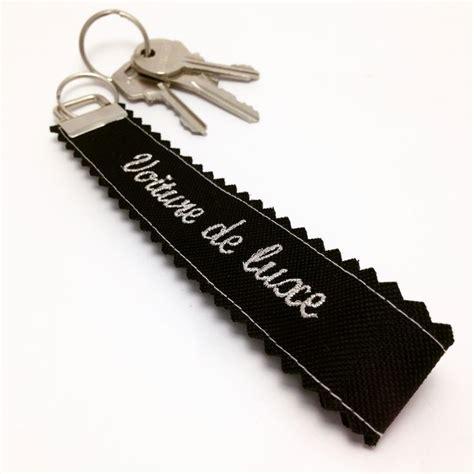 porte clef voiture porte clefs quot voiture de luxe quot cr 233 ez le votre sur www dea
