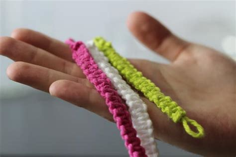 pretty yarn craft bracelets  instructions grandmothers pattern book