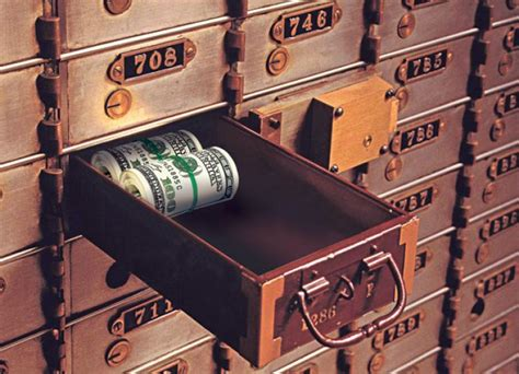 Safety Box Bank bank takes 100k found in s safety deposit box ny daily news