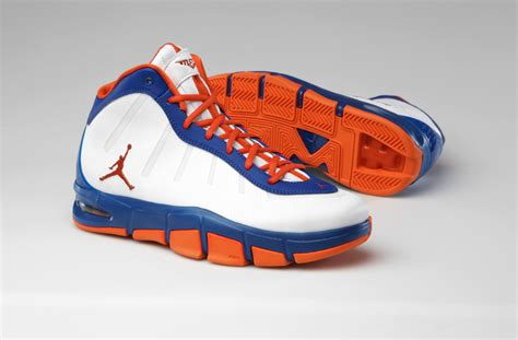 syracuse sneakers carmelo anthony to debut new syracuse colored sneakers