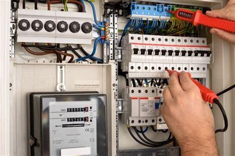 Kosten Elektroinstallation Haus by Elektro Installation Alle Kosten Daten Und Fakten
