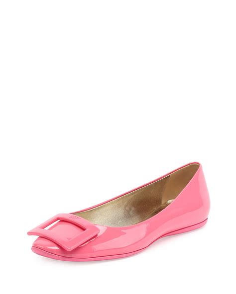 roger vivier flat shoes roger vivier gommette patent leather flats in pink lyst