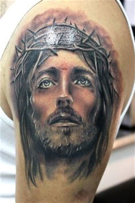 Jesus Tattoo Designs And How To Choose One Jesus With Thorns Tattoos
