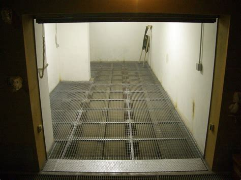 pavimento rialzato in legno foto pavimento rialzato grigliato de pinna s a s 46743