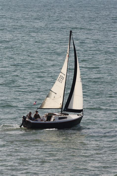 small sloop sailboat free stock photo domain pictures