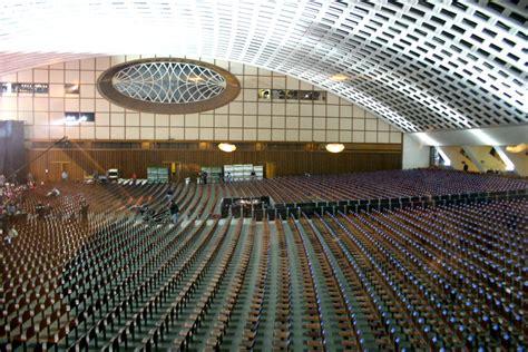 ingresso sala nervi vaticano una al giorno il photoblog di max pezzali dicembre 2004
