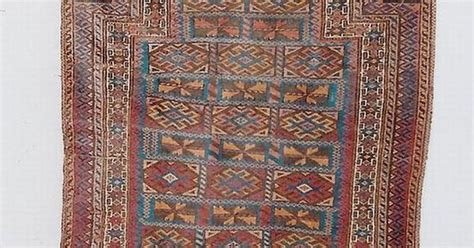 rug vendors our vendor s gallery for antique and tribal rugs and rug gallery are venues for buyers