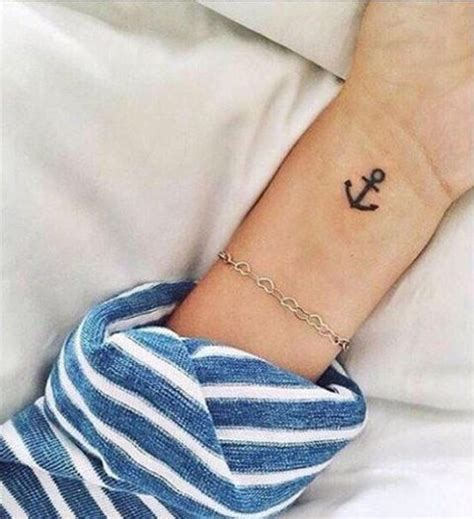 tiny anchor tattoo 25 excellent small anchor ideas for styleoholic