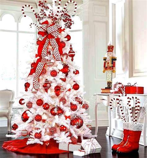 white christmas tree red ornaments tonikami 208 ℯck ʈհe h 197 ŀŀs