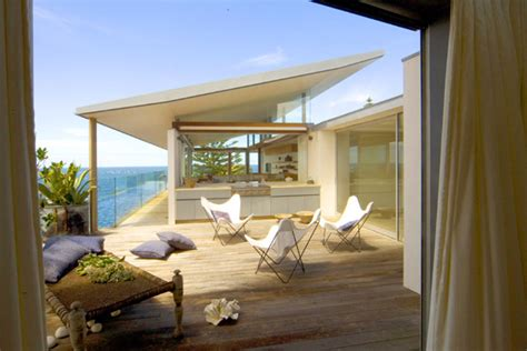 Modern Beach House In Sydney Australia Modern House Designs