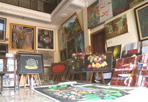 Jual Kotak Musik Kediri kehidupan gallery lukis di jelekong oleh jumari haryadi