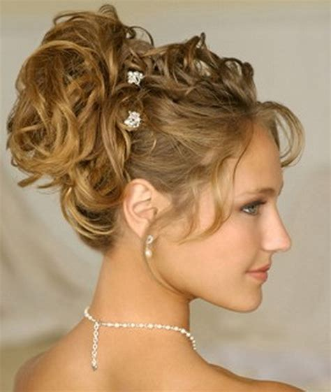 hairstyles with curls easy easy to do curly hairstyles