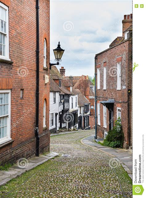 houses to buy in rye cobbled street tudor house rye england stock image