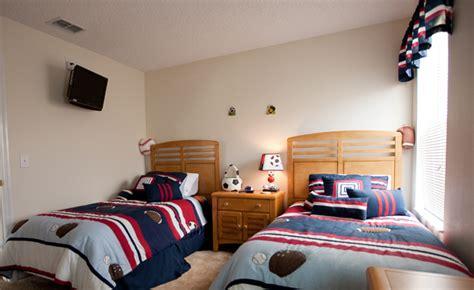 Large Bedroom Ls by Leilas Gallery