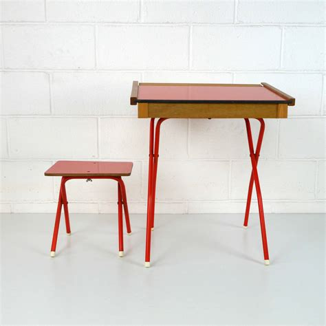 bureau vintage enfant bureau enfant vintage la marelle mobilier et d 233 co