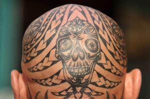 tatuaggi sulla testa tatuaggio testa una soluzione per la calvizia