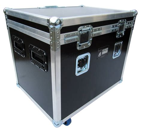 Isolation Cabinet by Guitar Isolation Cabinet For High Quality Guitar Tracking