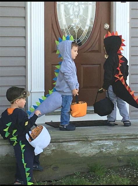 baby dino costume the 25 best dinosaur costume ideas on diy
