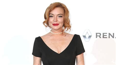 lindsay lohan friends lindsay lohan attends friends wedding in iceland see