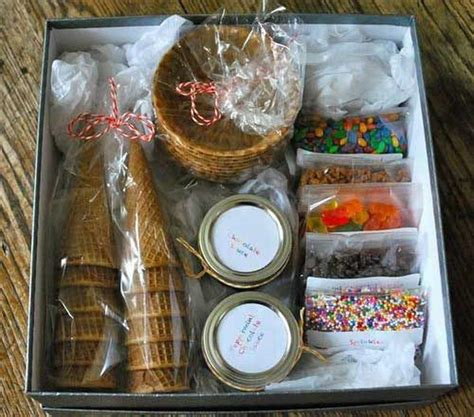 Handmade Present Ideas - 35 creative diy gift basket ideas for this hative