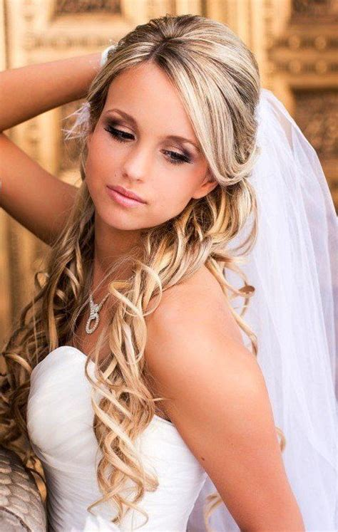 Wedding Hairstyles 2016 With Veil by Gorgeous Half Up And Half Bridal Hairstyles With