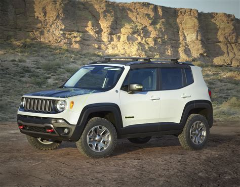 new jeep renegade concept seven new jeep 174 brand concept vehicles roll into moab