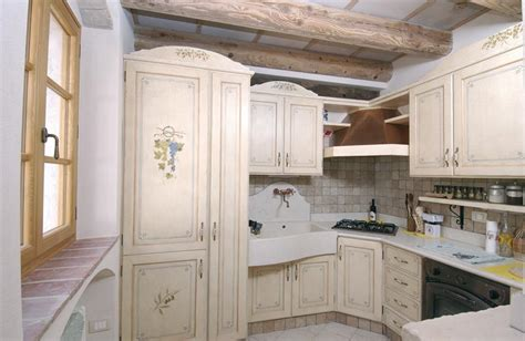 cucine provenzali francesi arredamento cucina provenzale country provenza francese