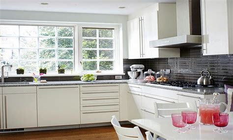 white glazed kitchen cabinets off white kitchen cabinets antique white kitchen cabinets