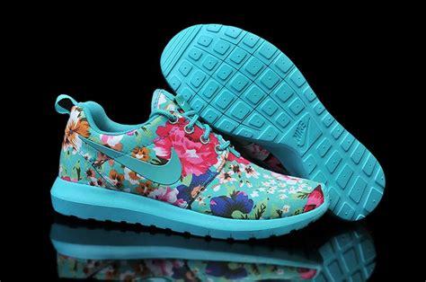 Nike Flower 5 0 nike floral shoes roshe