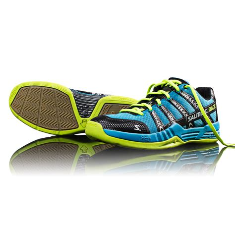 images of shoes for a review of the salming race r1 shoes for squash