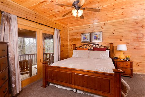 the great bedroom escape pigeon forge tn cabins the great escape