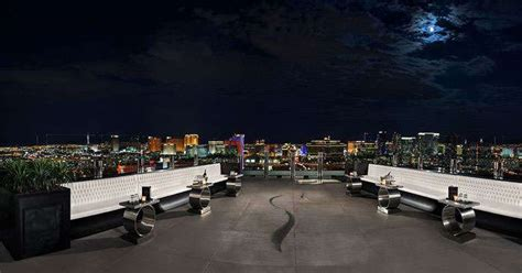 Roof Top Bars Vegas by The Best Outdoor Lounges Rooftop Bars In Las Vegas