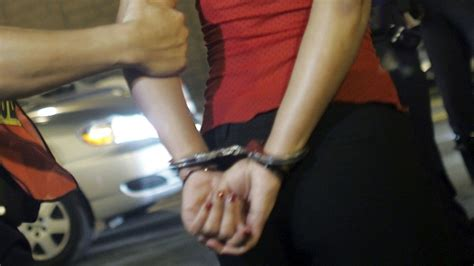 woman arrested handcuffed woman faces deportation after she s arrested during