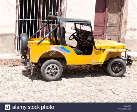 old yellow jeep old yellow american jeep in historical colonial