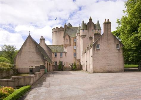 castle for sale castle in scotland the castle built by william wallace