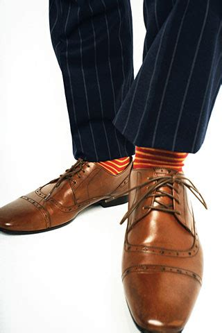 what color socks with navy suit navy blue suit brown shoes what color socks www pixshark