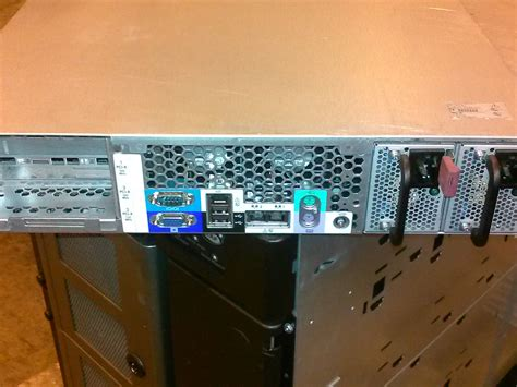 hp rack mounted server hp proliant dl385 g1 rack mount server 2 6ghz 1mb 4gb ram