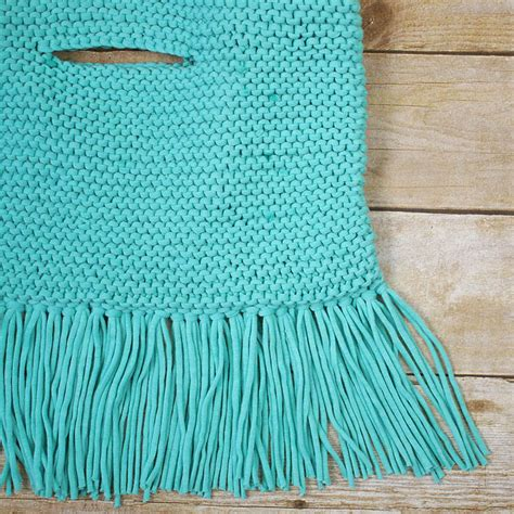 knitting on the fringe fringe clutch free knitting pattern michele