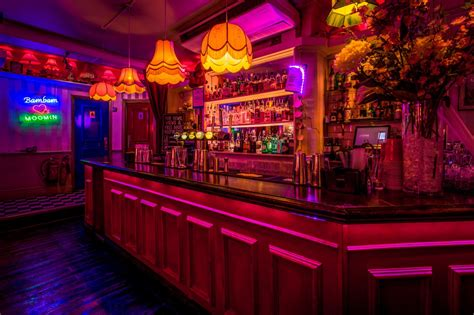 top bars soho simmons soho london bar reviews designmynight