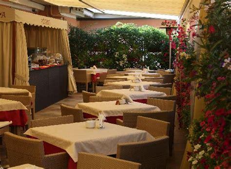 hotel san carlo via delle carrozze roma hotel san carlo rome italie voir les tarifs 20 avis