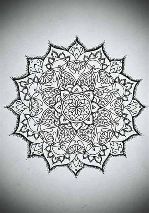tattoo mandala thailand 154 best images about stunnink on pinterest feathers