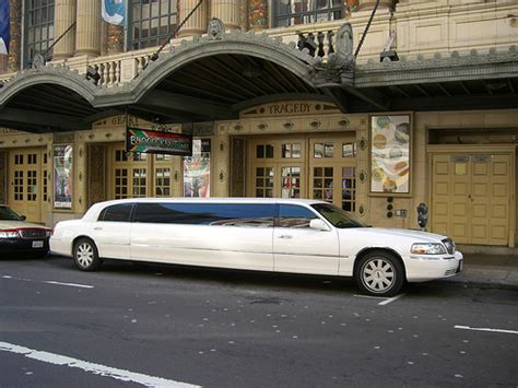 Limousine Rental by How Much Does A Limo Rental Cost Howmuchisit Org