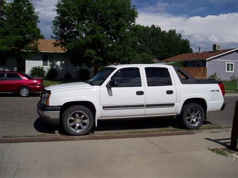 how make cars 2005 chevrolet avalanche 1500 instrument cluster purchase used 2005 chevrolet avalanche 1500 base crew cab pickup 4 door 5 3l in grand junction