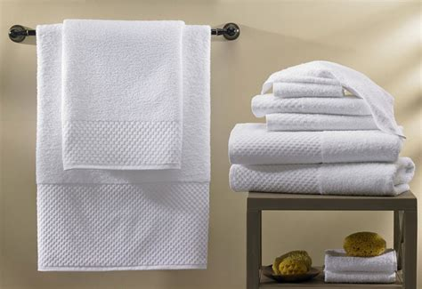 bathroom linens towel set hilton to home hotel collection